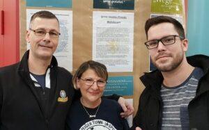 Der Fanclub Eintracht Inklusiv baut Wohnboxen für Obdachlose - Foto: Fanclub Eintracht Inklusiv