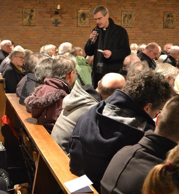 Im Dialog - Dr. Heiner Wilmer, Bischof von Hildesheim (Foto: Sabine Moser)
