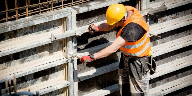 Facharbeiter Bau - Foto: (c) IG Bau