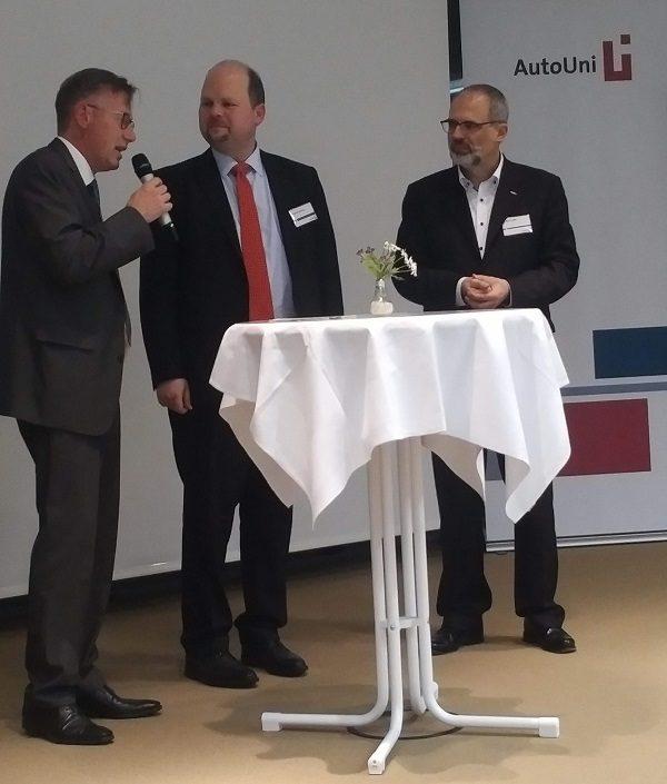 V.l.n.r. Peer Schladebusch, Christian Sterzik und Dr. Karl Teille - (Foto: Karen Hartmann)