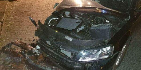 Totalschaden - Foto: Polizei