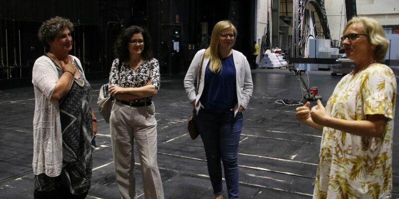 Anja Piel im Staatstheater - Foto: (c) Philipp Bode Die Gruenen